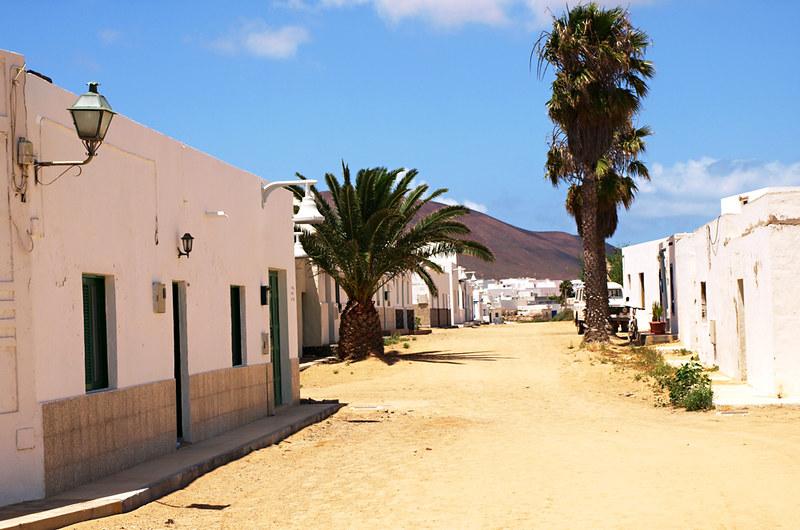 Sandy streets, Caleta de Sebo, La Graciosa, Lanzarote