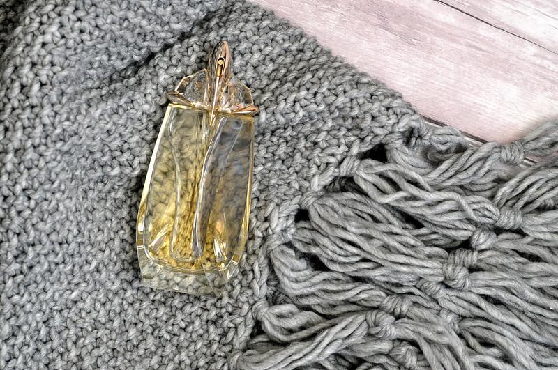 thierry mugler alien extraordinaire perfume rottenotter rotten otter blog