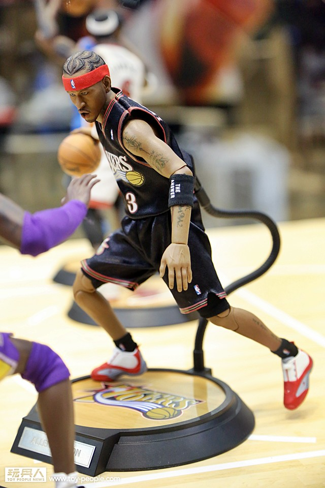 [Enterbay] NBA Legend Series: Allen Iverson (Sixers) | 1/6 scale 15862024680_5239e2074a_b