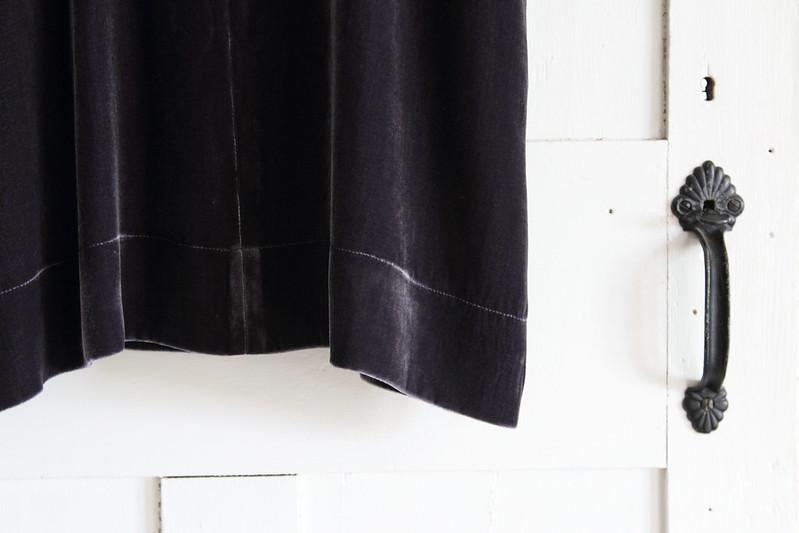 growing a minimalist wardrobe - dress up