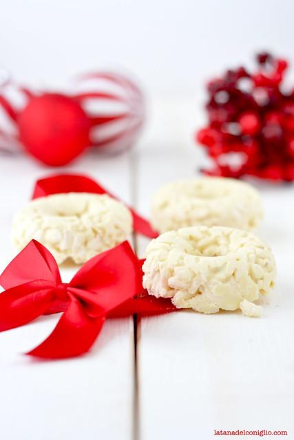 coroncine cioccolato bianco e riso soffiato3