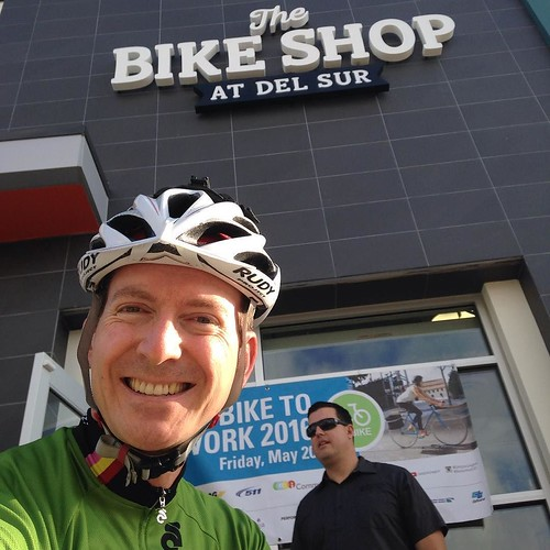 See @rossmanges I did stop at @delsurbikes for a waffle