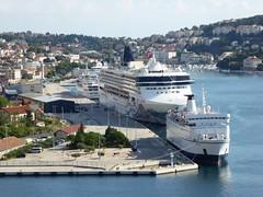 Gruz harbour