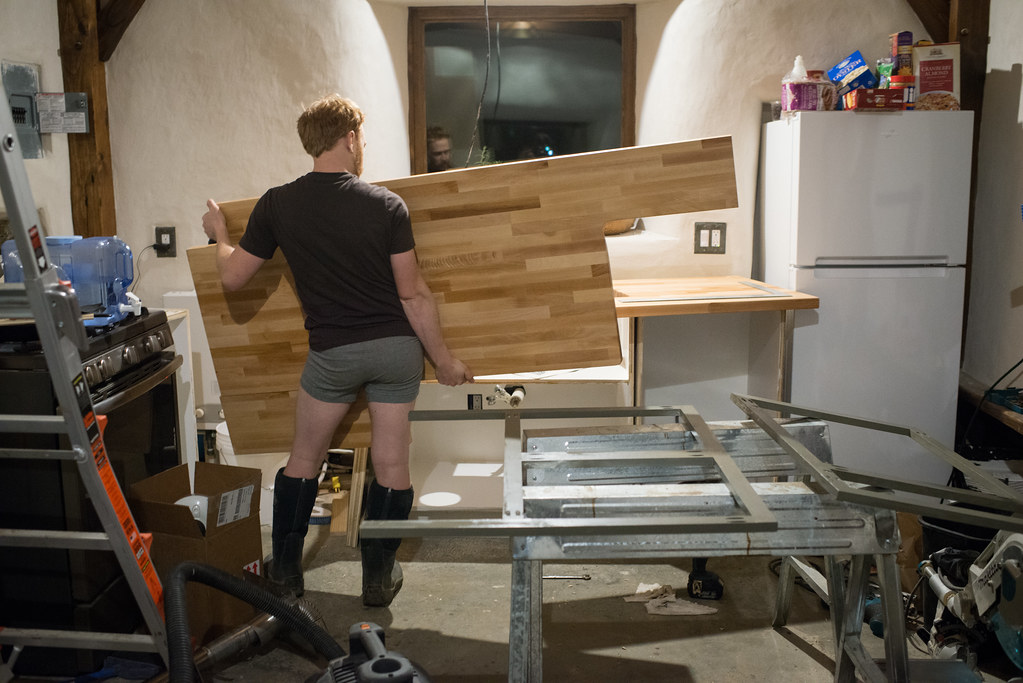 ... Installing Counter Top In Off Grid Cottage ...