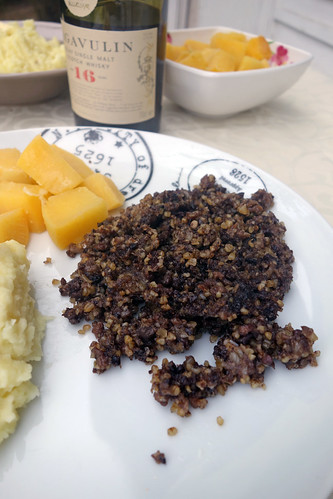 Haggis, bashed neeps and chappit tatties1