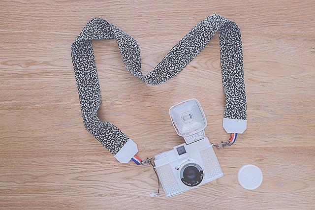 DIY dragonne appareil photo par morganours pour UO