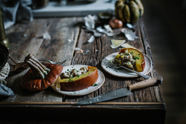 whole grain bread, apple, bacon & gruyere stuffed pumpkin