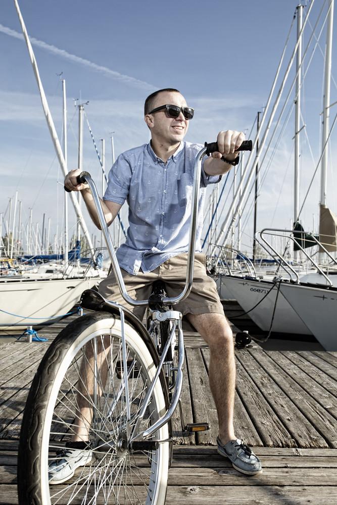 Chris Giles Custom Lowrider main dock
