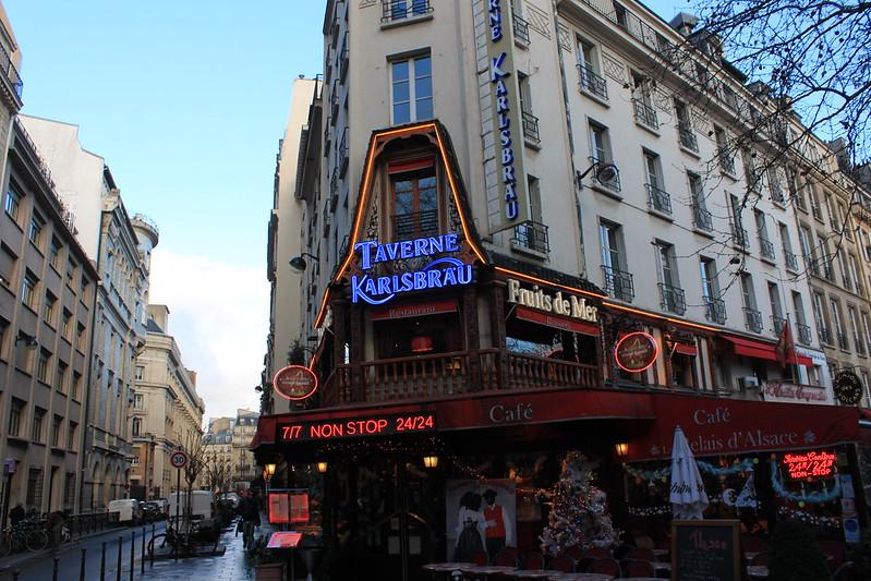 巴黎聖誕節歡樂氣氛~可樂互動櫥窗