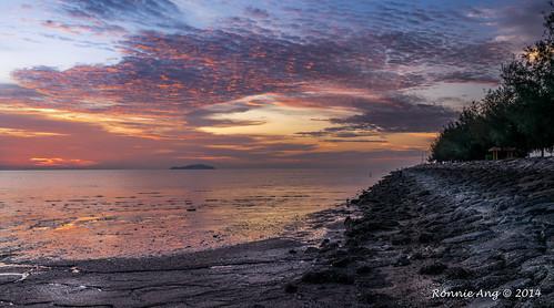 sunset panorama sun yellow night landscape evening glow waterfront pano malaysia glowing lowtide johor pontian sunsetlandscape sunsetphoto pontianjohor pontiankechil sonya6000 sonysel1670f4zaoss