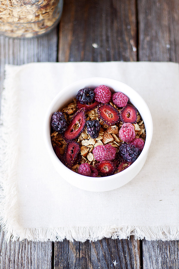simple homemade granola recipe with berries