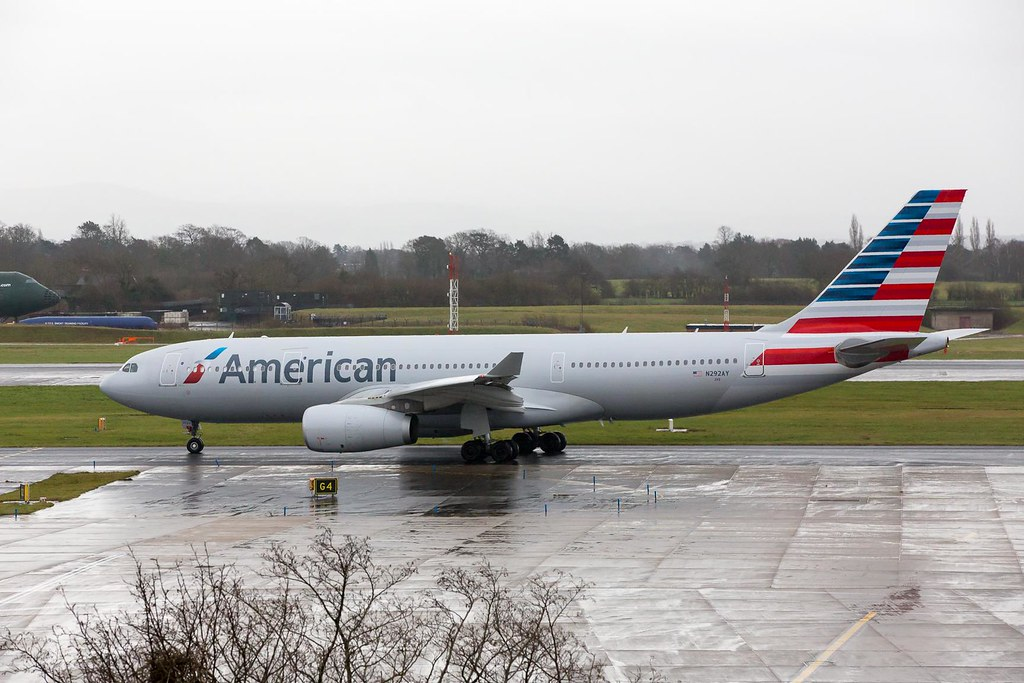 N292AY - A332 - American Airlines