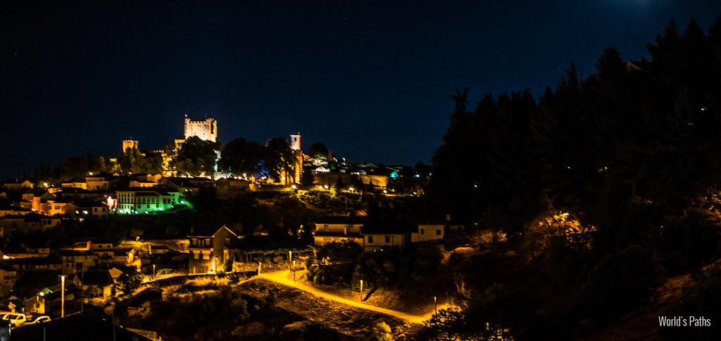 Bragança ed il suo castello di notte