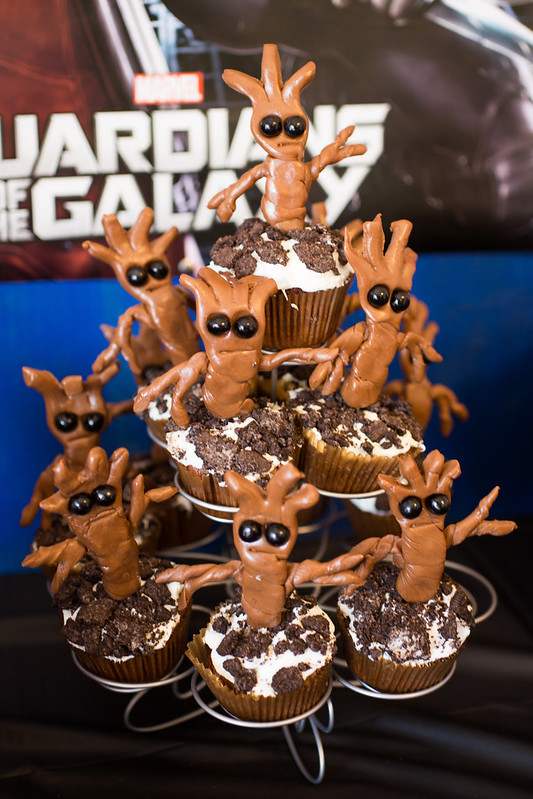 Baby Groot Cupcakes
