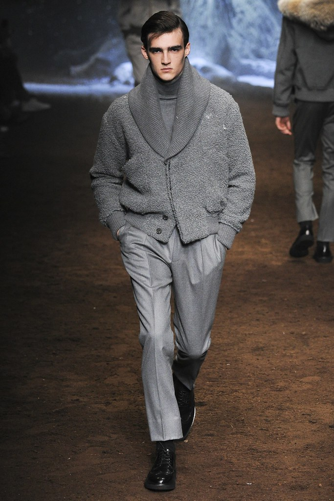 FW15 Milan Corneliani032_Elliot Vulliod(VOGUE)