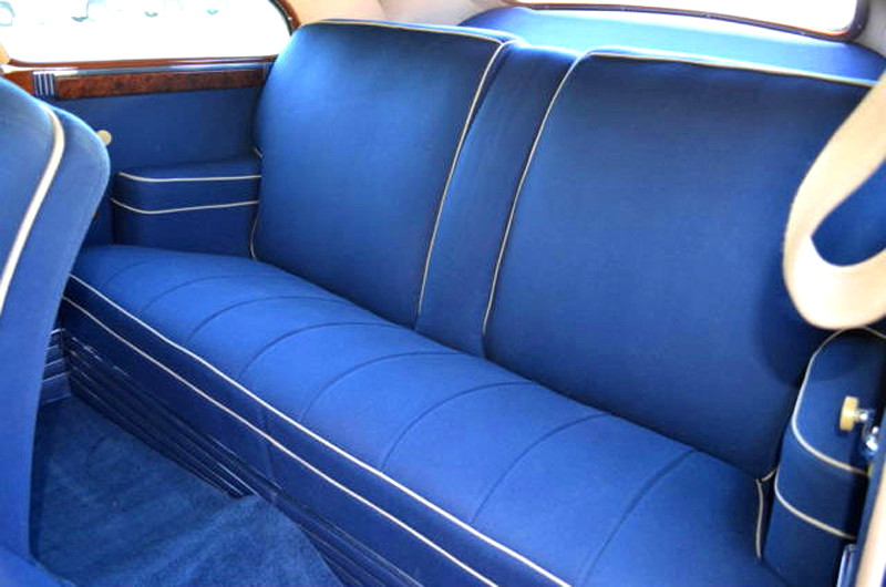47007_K Packard Custom Super Clipper 356CI 8CYL 3SPD Club Sedan_Blue