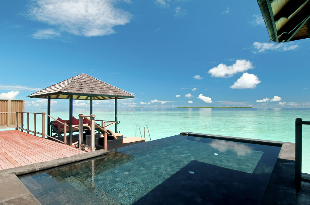 01-Hilton-Maldives-Iru-Fushi-Resort-and-Spa