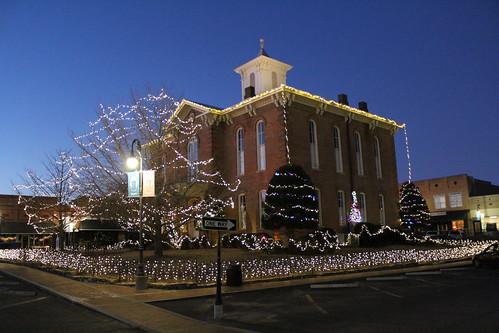 christmasdecorations arkansas pocahontas oldrandolphcountycourthouse