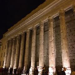 Piazza di Pietra #rome