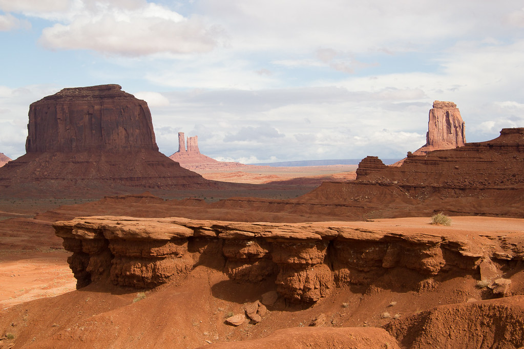 Monument Valley Driving Tour