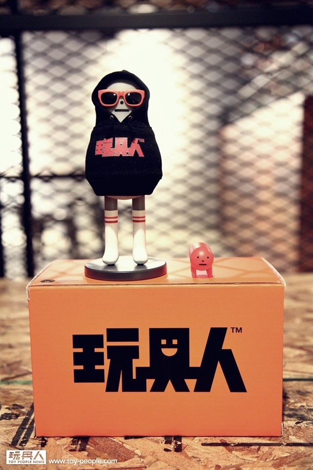 TOY PEOPLE NEWS X Sticky Monster Lab【Happy Birthday Figure】3rd Anniversary