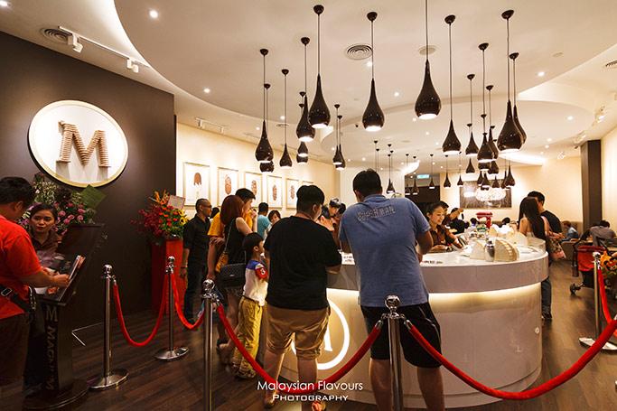 magnum-cafe-malaysia-mid-valley-megamall-kuala-lumpur