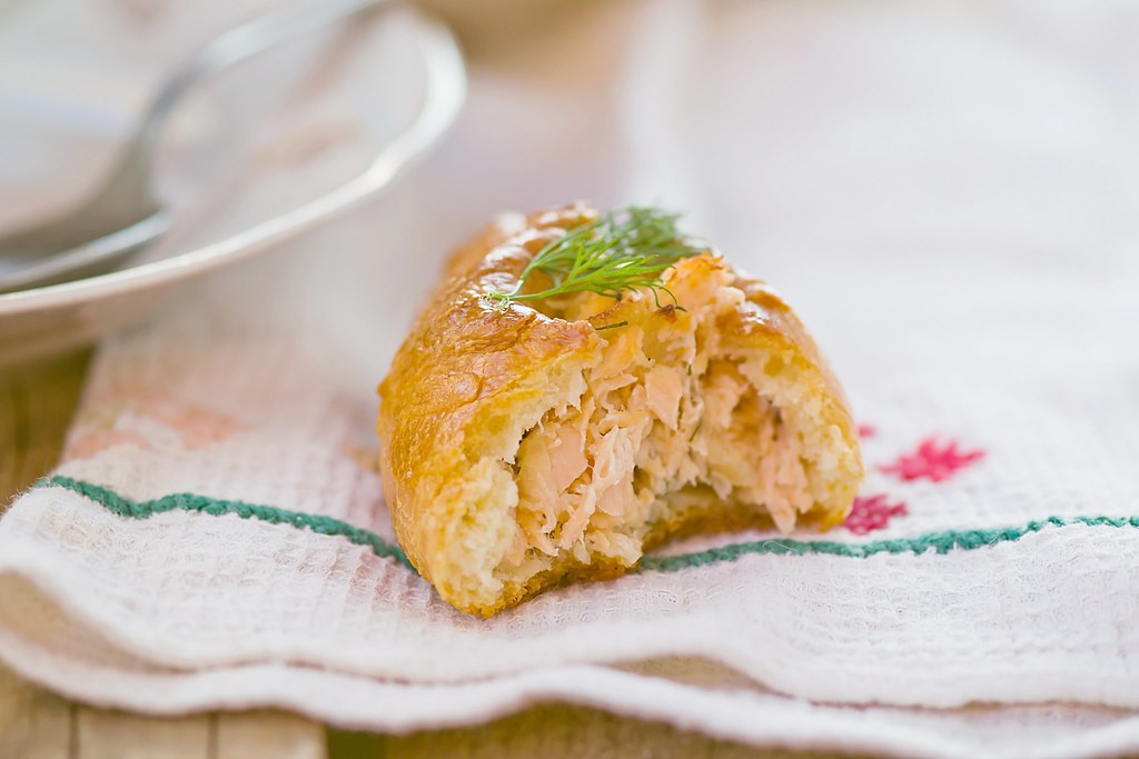 small pie.traditional Russian fish pie.7