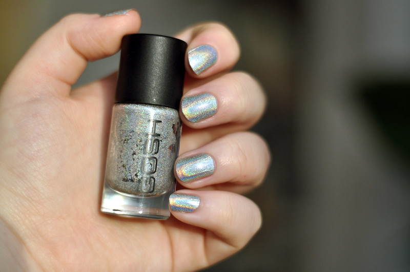 notd gosh holographic nail polish rottenotter rotten otter blog 3
