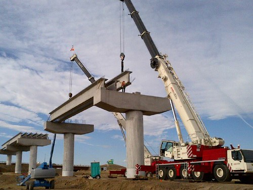Photo of girder installation on Peña Bridge