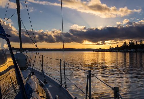 winter sunset sailboat canon landscape washington unitedstates cloudy pugetsound bremerton kitsapcounty tamron2875mmf28 canon6d canoneos6d