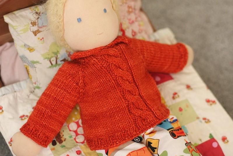 L baby's sweater