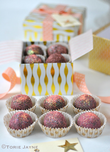Dark chocolate & raspberry truffles