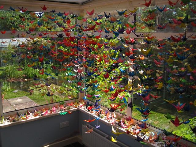 1000_origami_cranes_by_xxhtloverxx-d424fvt