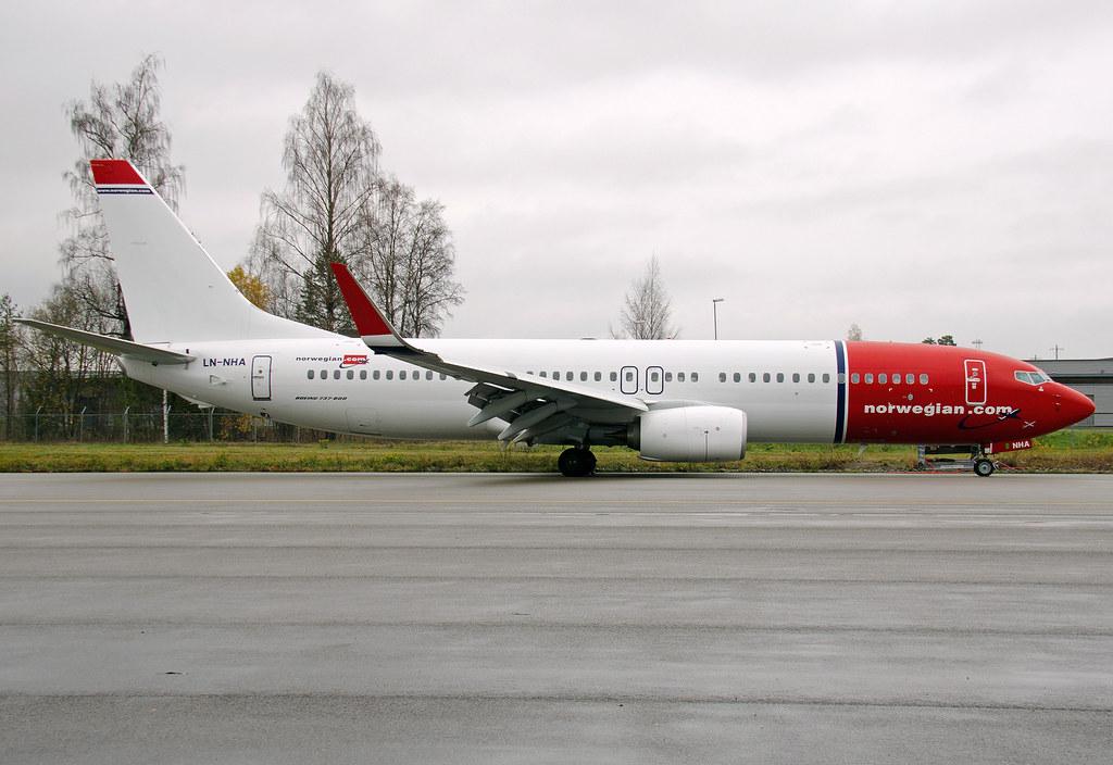 LN-NHA - B738 - Norwegian