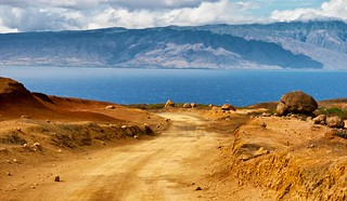 The Road to Polihua Beach