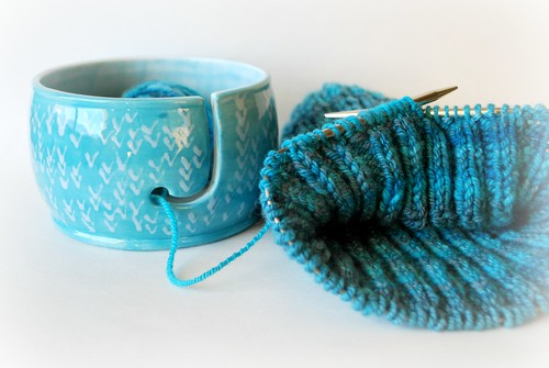 Yarn bowl and handspun