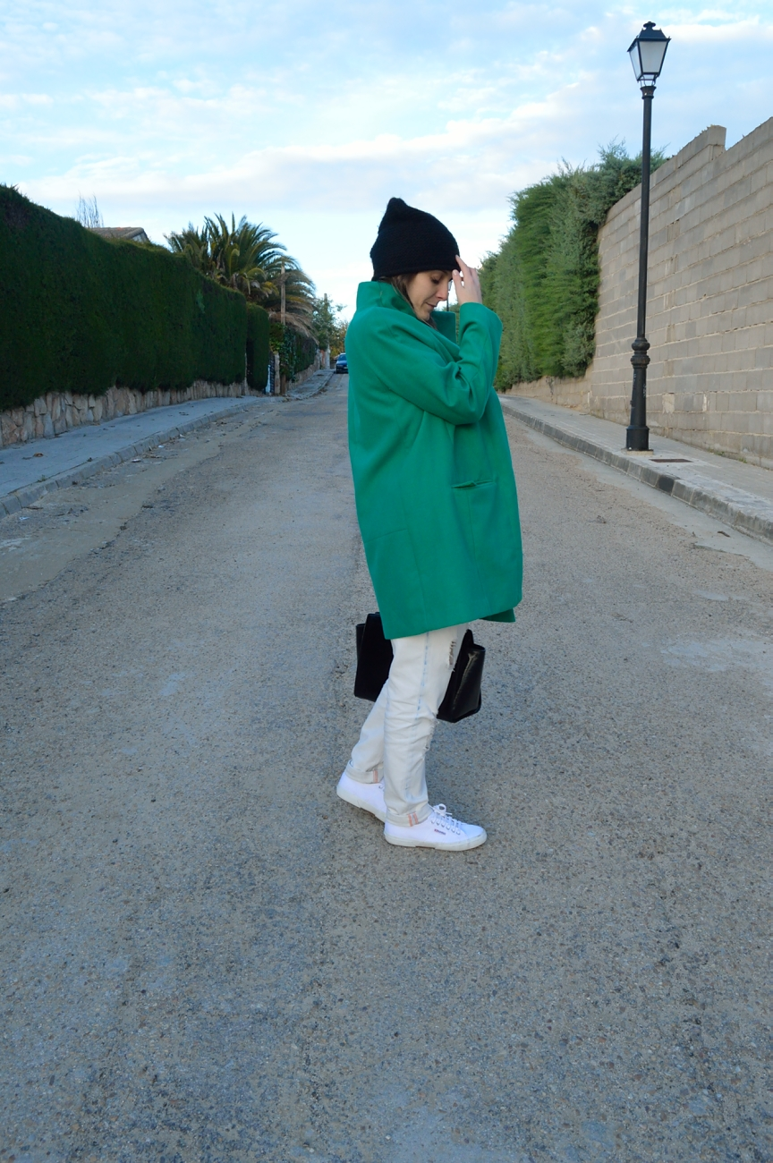 lara-vazquez-madlula-style-look-fall-green-fashion-blog-all-in-white