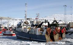 port(0.0), ferry(0.0), sea(0.0), navy(0.0), fishing vessel(0.0), tugboat(0.0), vehicle(1.0), ship(1.0), harbor(1.0), fishing trawler(1.0), watercraft(1.0), boat(1.0), coast guard(1.0),