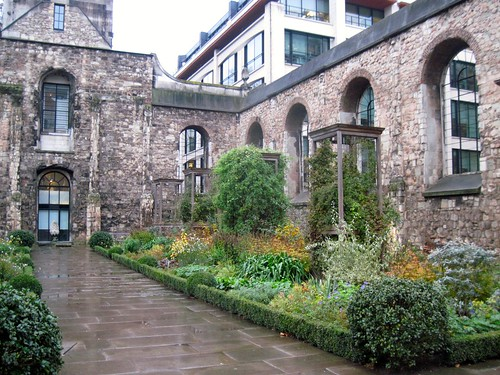 Treasure Hunt Walk - Christchurch Greyfriars
