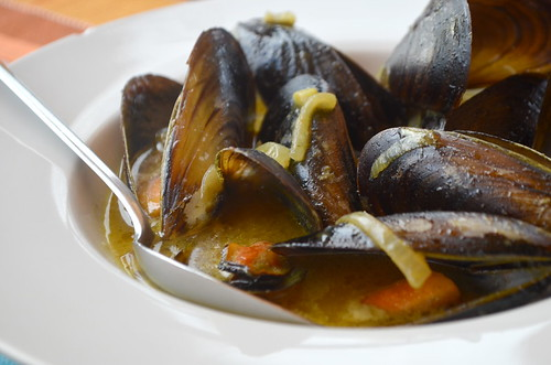 Mussels in Thai green curry, Pantalan, Las Galletas