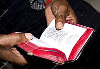 Manos-breviario LH