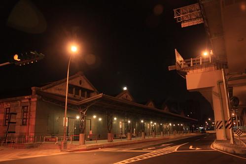 17度C的黑夜 posted a photo: