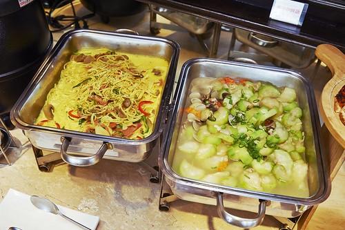 高雄必吃美食 從小吃到大的新國際西餐廳牛排+自助吧、沙拉吧 (9)