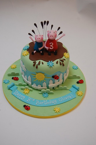 Peppa Pig S Muddy Puddle Cake Beautiful Birthday Cakes