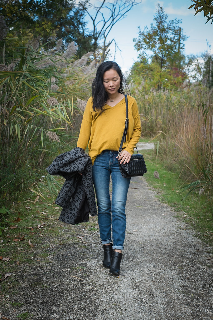 Oversized Mustard Sweater 02