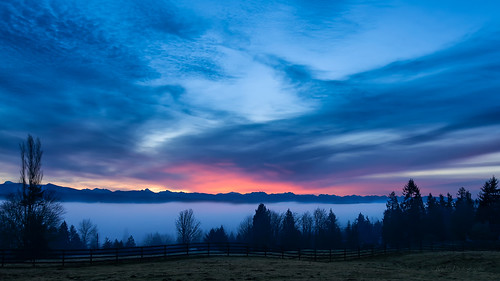 mountains weather fog clouds sunrise nikon tuesday pacificnorthwest nik washingtonstate pnw cascademountains snohomish clearview wx snohomishcounty d610 northwestwashington cascadefoothills adobecc nikon1635mmf4vr ryderphotographic howardryder