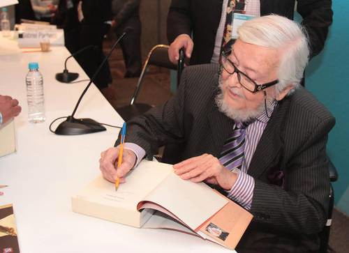 Yo no leo los poemas de Paz, los habito: Fernando del Paso