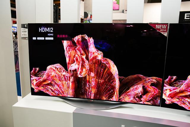 現在就看得到未來!LG 大尺寸 OLED 4K 曲面螢幕 @3C 達人廖阿輝