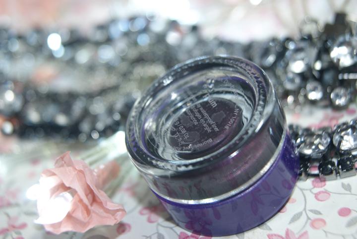 delineador-em-gel-plum-tarte-004