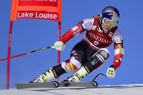 Lindsey Vonn wins at Lake Louis 2014